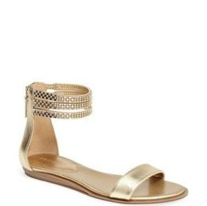 Beautiful Nine West sandals in gold
